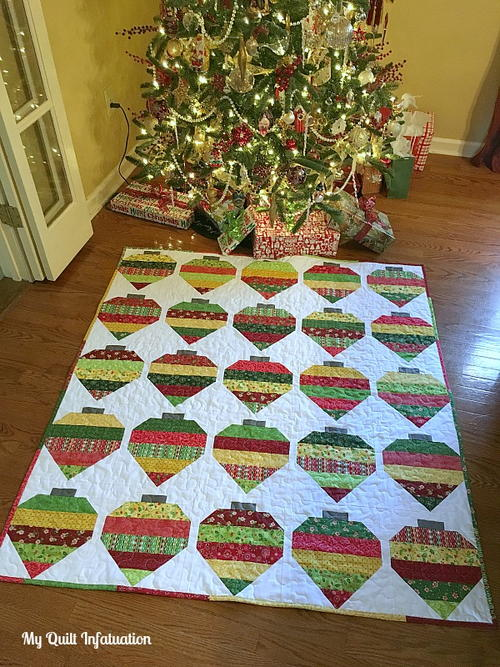 Christmas Adorned Quilt Tutorial