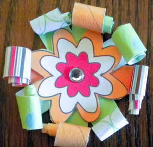 Paper Trunk Video: How to Make Loop Flowers