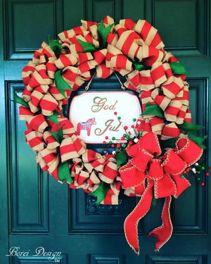 DIY Christmas Ribbon Wreath Tutorial