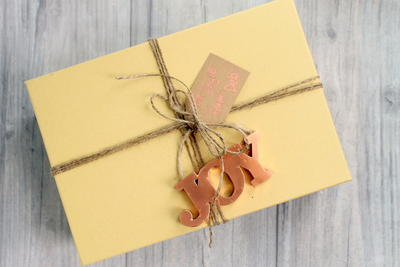 DIY Rustic Gift Wrapping Ideas