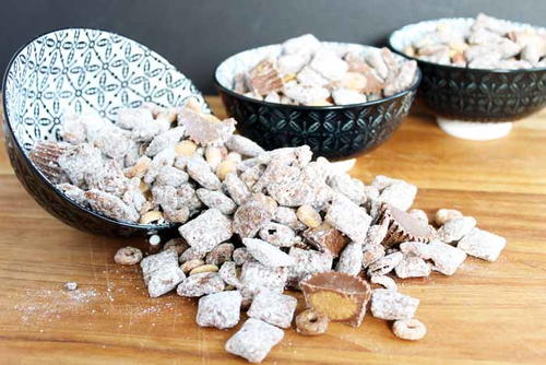 North Pole Snack Mix