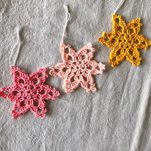 Starflower Snowflake Pattern & Tutorial