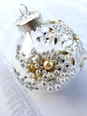DIY Beaded Garland Ornaments