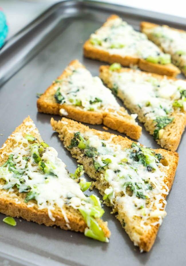 Cheese Chilli Toast   RecipeLion.com