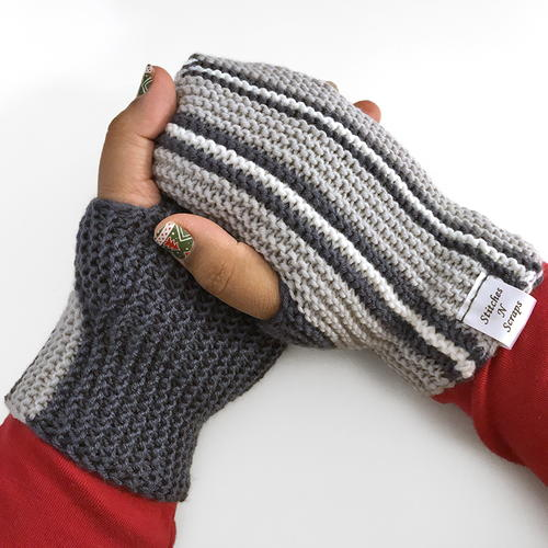 Printers Row Knit Mitts