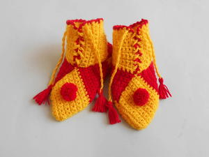 Super Easy Crochet Toddler Slippers
