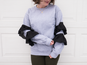 DIY No-Sew Ruffle Sleeve Sweatshirt