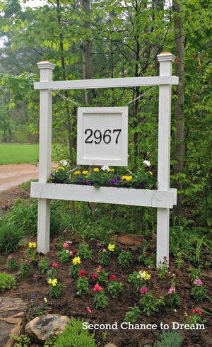 DIY House Number Sign and Planter