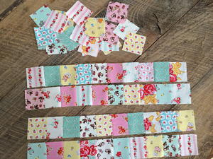 Embellishing a mini quilt with free motion and applique weallsew