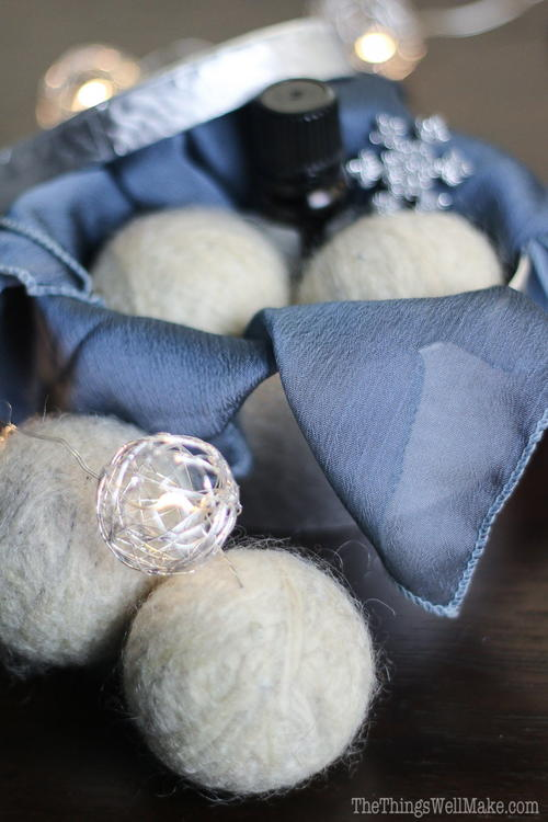 Easy DIY Wool Dryer Balls