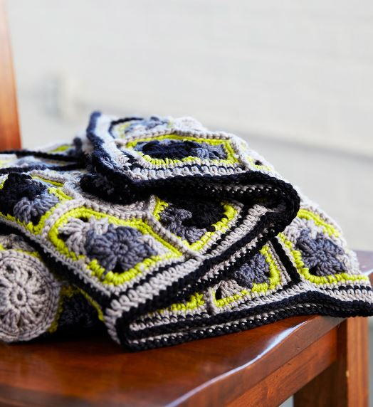 Nouveau Chic Granny Throw