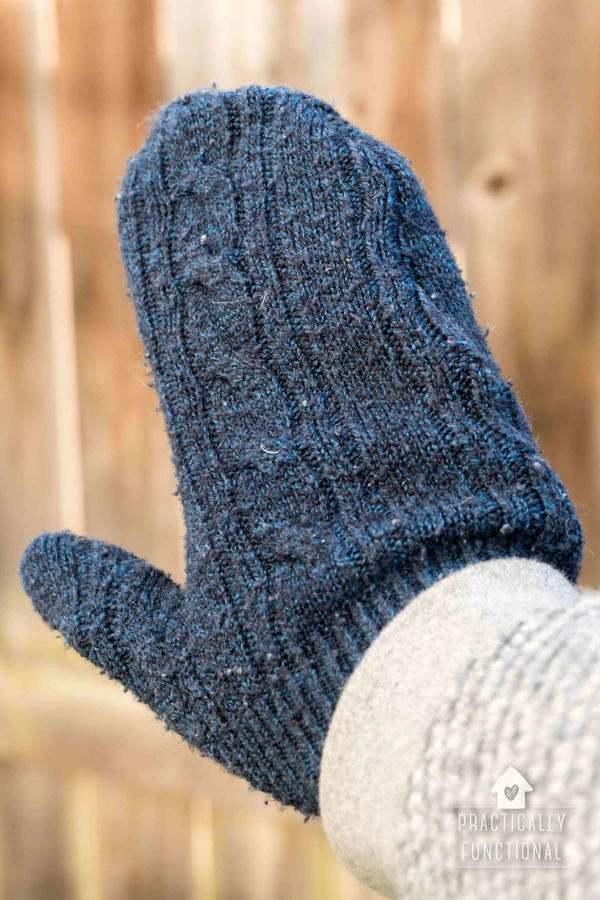 10-Minute Sweater Mittens