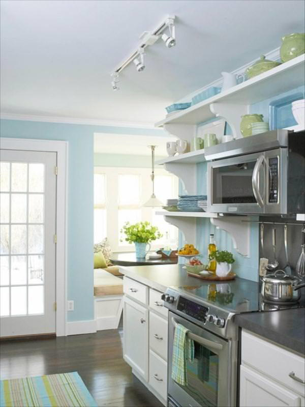 Splash of Color Cheap Kitchen Remodeling Idea