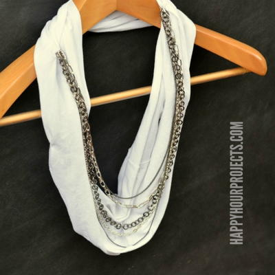 DIY No-Sew Infinity Scarf | CheapThriftyLiving.com