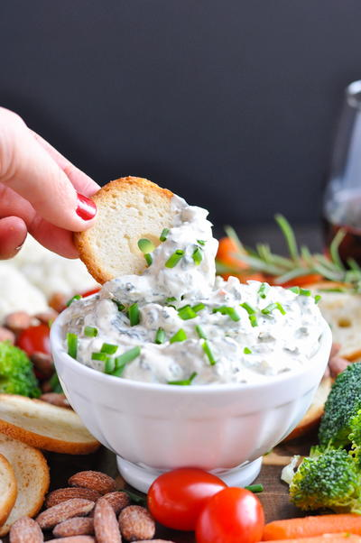 Budget-Friendly Creamy Spinach Dip