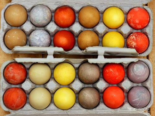 All-Natural and Farmhouse Dyed Easter Eggs