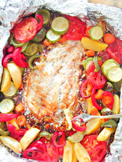 Baked Fish in Foil with Vegetables