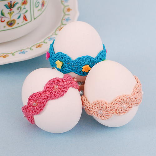Lace Wrap Egg Decor