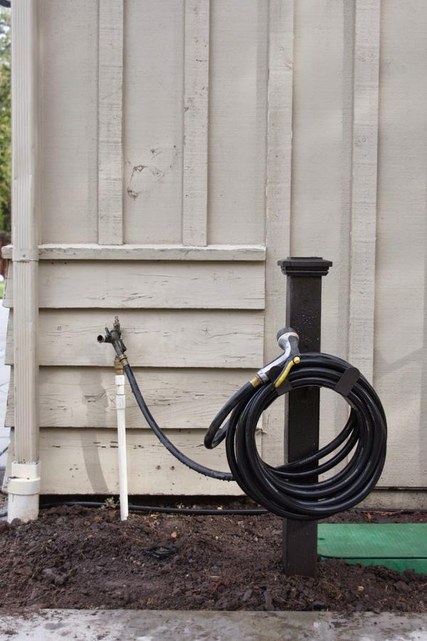 Simple DIY Hose Holder