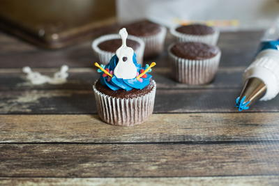 Adorable Disney Pixar Coco Inspired Guitar Cupcakes Recipe