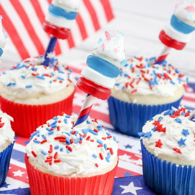 Red, White, & Blue Firework Cupcakes