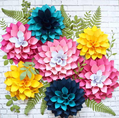 Easy Giant Paper Dahlias