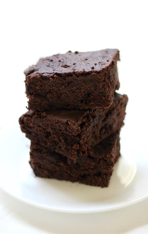 Easy Thick & Fudgy One-Bowl Gluten-Free Vegan Brownies