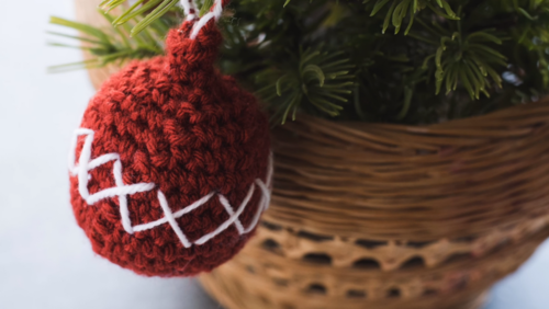 Christmas Crochet Ball Ornament Pattern