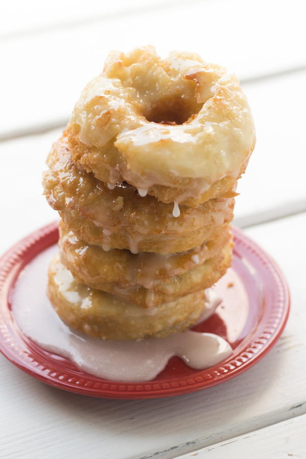 Amish Light-as-a-Feather Donuts