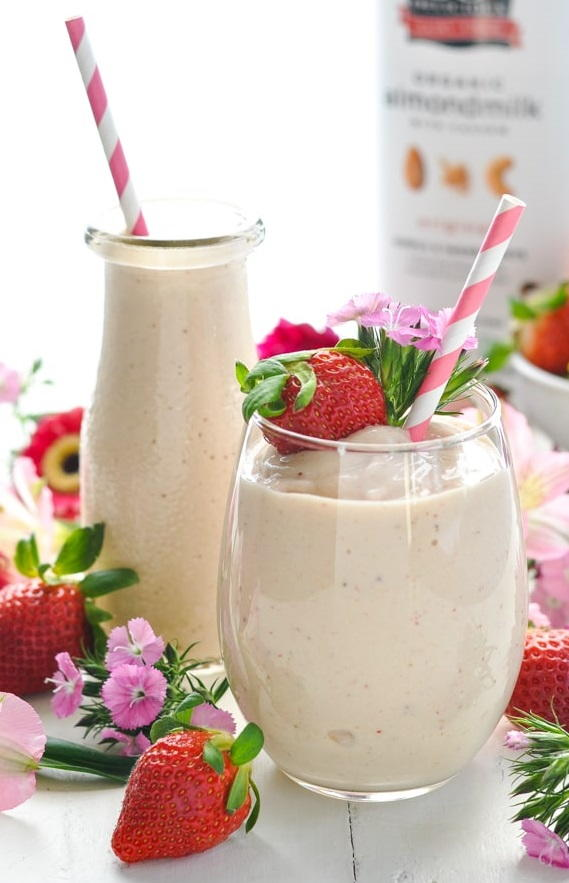 Dairy-Free Mango Strawberry Smoothie