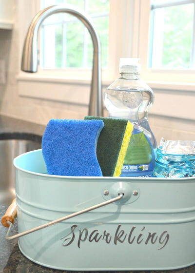 Everything Under the Kitchen Sink DIY Dish Washing Tote