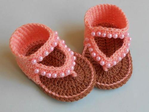 557b7a5d276e How to Crochet Baby flip flop Sandals Design