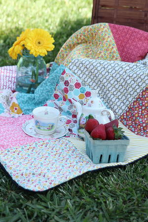 Old School Picnic Blanket Pattern