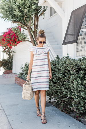DIY Ruffle Yoke Shift Dress