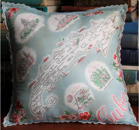 Homey Handkerchief Pillow Tutorial