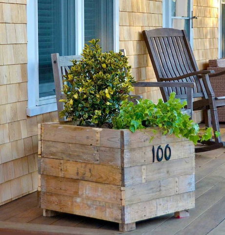 Re-Purposed Pallet Planter Project