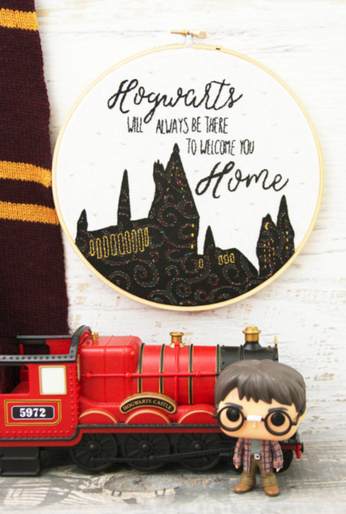 DIY Harry Potter-Inspired Embroidery Hoop