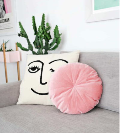 Round Velvet Pillow Pattern