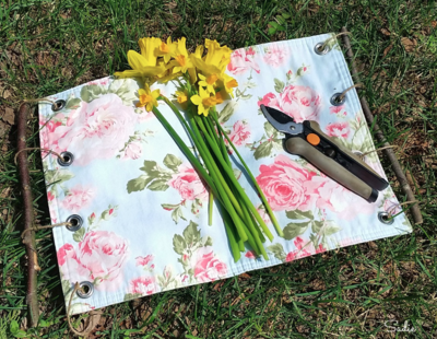 Upcycled Placemat Flower Holder