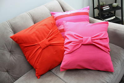 DIY Decorative Bow Pillow