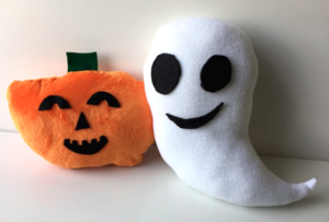 Kids' Halloween Pillow Tutorial