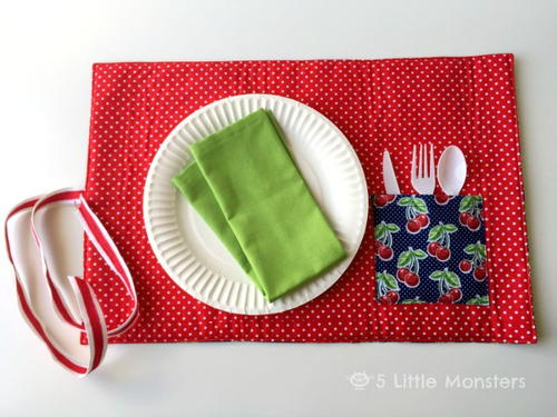 DIY Roll-Up Picnic Placemat