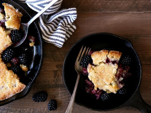 The Pioneer Woman Blackberry Cobbler