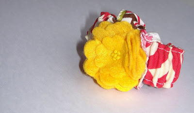 Toddler DIY Fabric Scrunchie Bracelet