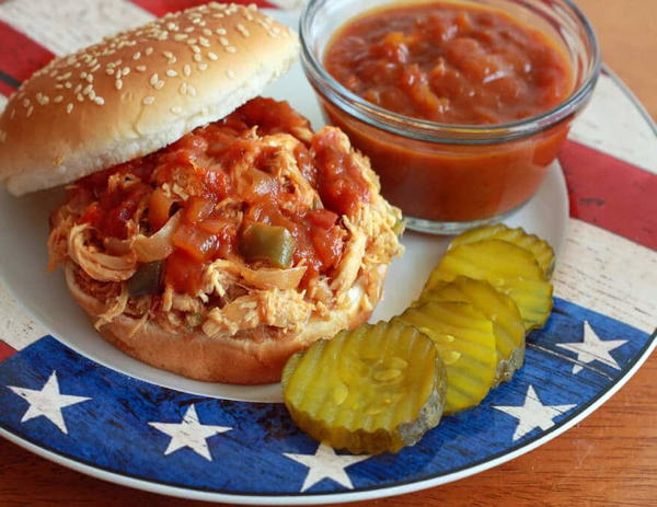 Barbecue Pulled Pork or Chicken Sandwiches