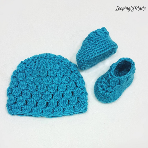 cf0d6f8320ef6 Preemie/Newborn Baby Hat and Booties | AllFreeCrochet.com