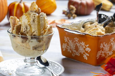 Easy Pumpkin Pie Ice Cream
