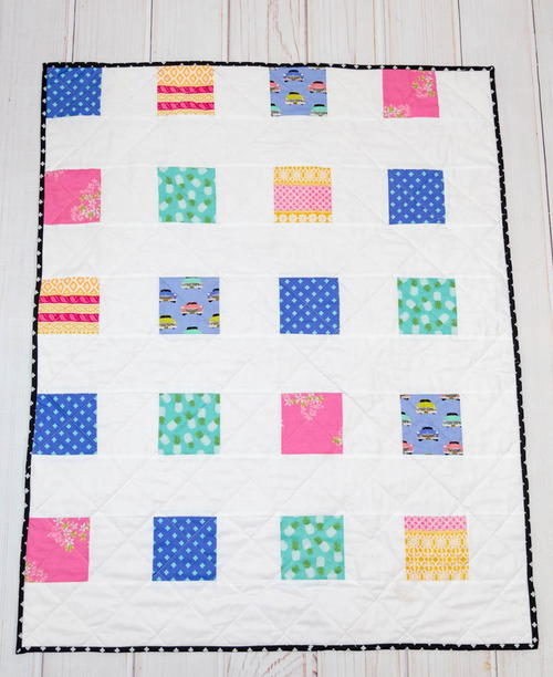 Four Square Simple Charm Pack Baby Quilt_1