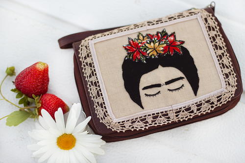 DIY Inspired Frida Wristlet