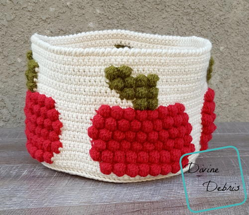 Bobble Apple Basket
